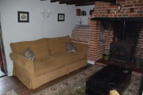 j13 lounge