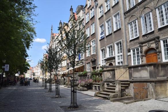 1 street 8